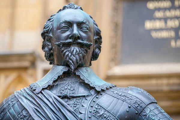 Statue of Bodley Bodleian. Library credit Shutterstock